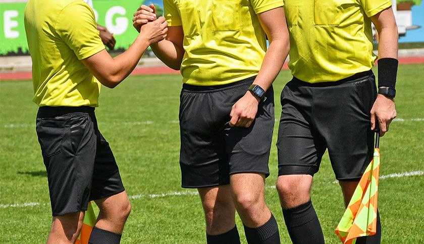 Wie werde ich Schiedsrichter - schiedsrichter.de